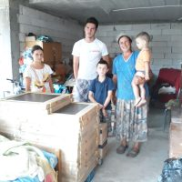 Delta Studio a donat gresia necesara pentru familia Butuc